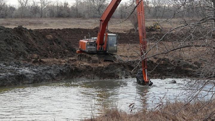 В Волгоградской области расчистят 7,4 километра реки Арчеды