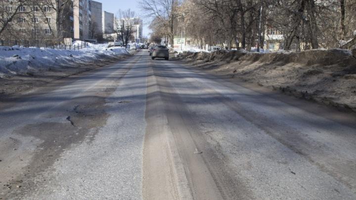 В Чишмах чиновников обязали взять на баланс бесхозную дорогу