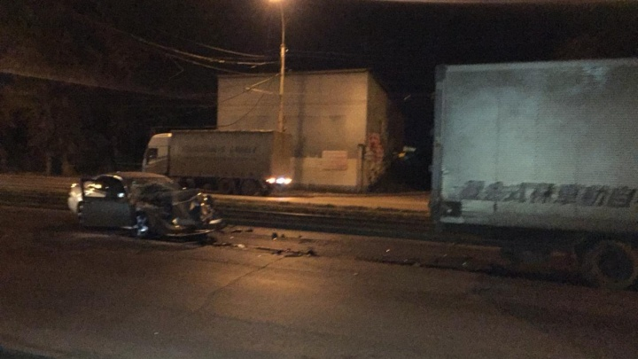Водитель «Тойоты» сломал рёбра в ДТП на улице Петухова