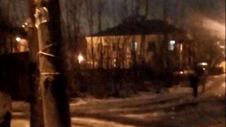 После публикации на NN.RU на улице Таллинской в Нижнем Новгороде отремонтировали дворовое освещение