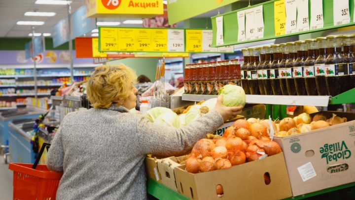 Полюбили свое: на полках в супермаркетах появилось больше товаров от местных производителей