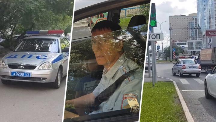 «Инспектор, я вас догоню»: тюменец 400 метров бежал за машиной ДПС, нарушившей правила (это смешно)