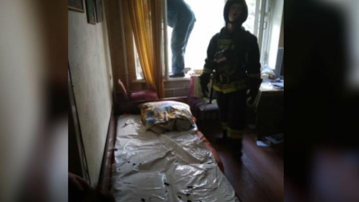 Вспыхнула постель: в Ярославле загорелся жилой дом. Есть пострадавшие