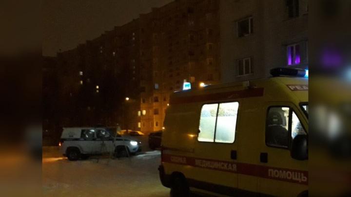 В Северодвинске девушка упала с седьмого этажа