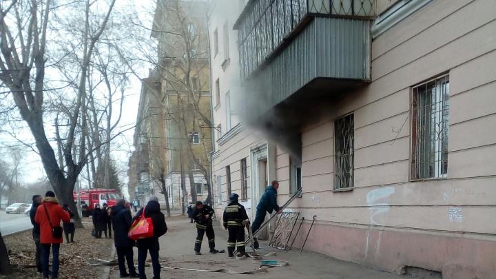«Спасали с того света»: в Челябинске в пожаре пострадали двое маленьких детей и мужчина