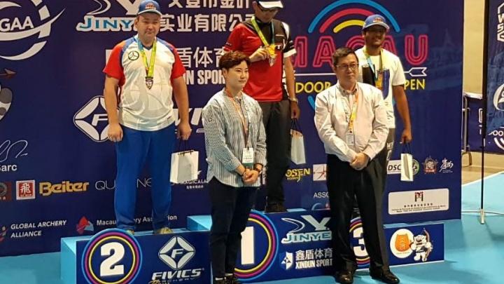 Новосибирский лучник занял второе место на международном турнире в Китае