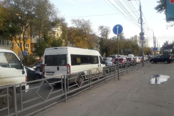 Движение транспорта парализовано