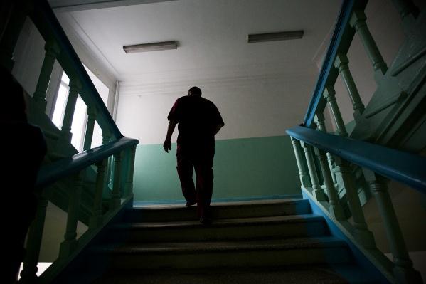 На дежурного врача напали ночью — как ранее рассказывали в горбольнице, дебошир в момент драки был, скорее всего, пьян