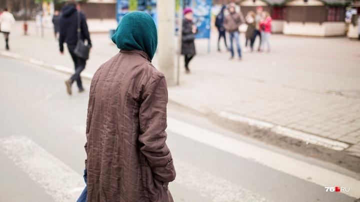 «Мама не может позволить себе того, что хочется»: ярославцы рассказали, какую пенсию получают