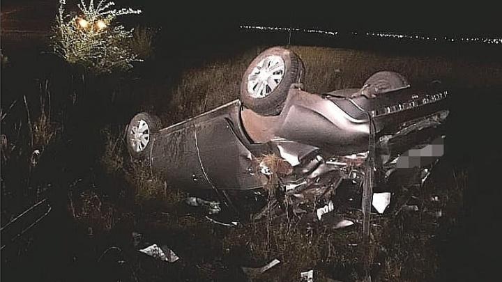«Лада» опрокинулась на крышу: в ночной аварии в Башкирии погиб водитель