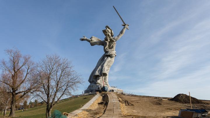 «Опыт перенесем на все объекты России»: в Волгограде подвели итоги омоложения «Родины-матери»