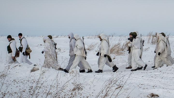 Новосибирские разведчики начали массово учиться маскировке и бесшумному появлению