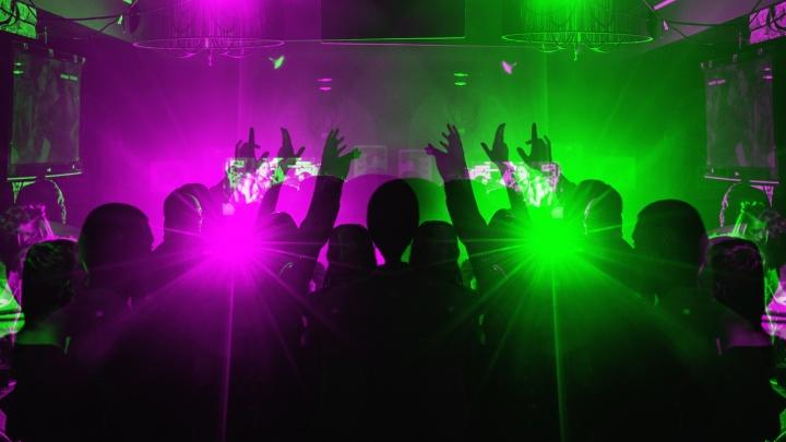 Девять лет танцев на барной стойке и не только:Meet.Point на Кировке отметит день рождения