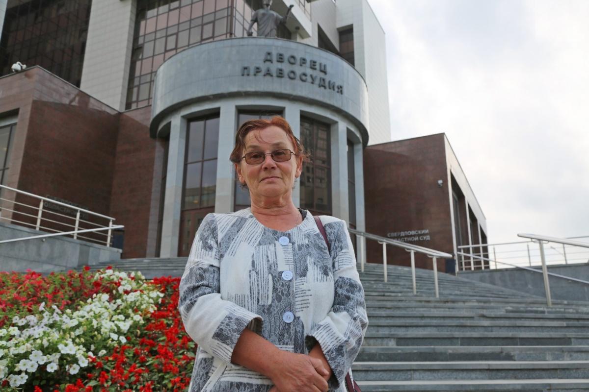 Член инициативной группы по борьбе с мусорным полигоном Галина Казакова