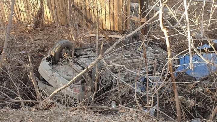 Перевернулся несколько раз и упал в канаву: серьезное ДТП в Тобольске