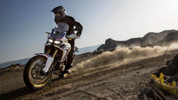 Мчись, пока лето: дилерские центры Новосибирска снизили цены на туристические эндуро-мотоциклы