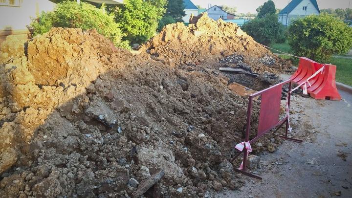 Полиция ищет похитителя почвы и песка под Курганом