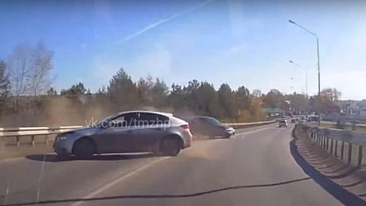 В Башкирии «Лада-Гранта» вылетела на встречку и протаранила автомобиль