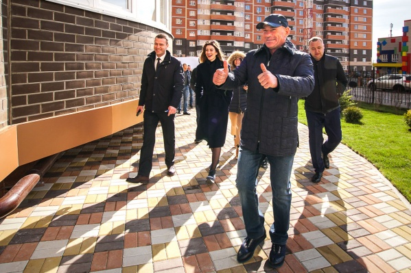 Ключи от своих квартир в восьмой литере получили 319 ростовских семей