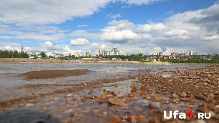 Пыталась спасти подругу: в Уфе на пляже «Солнечный» утонула женщина