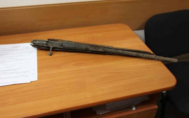 Уфимец нашел старинную винтовку и сдал ее в полицию
