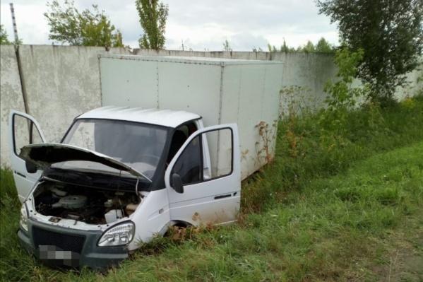 Видимых повреждений на теле водителя не было