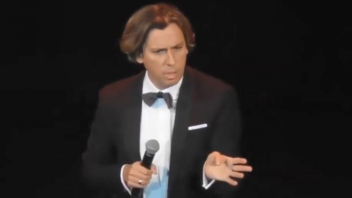«Меня достало»: полная расшифровка скандального выступления Галкина на шоу в Новосибирске