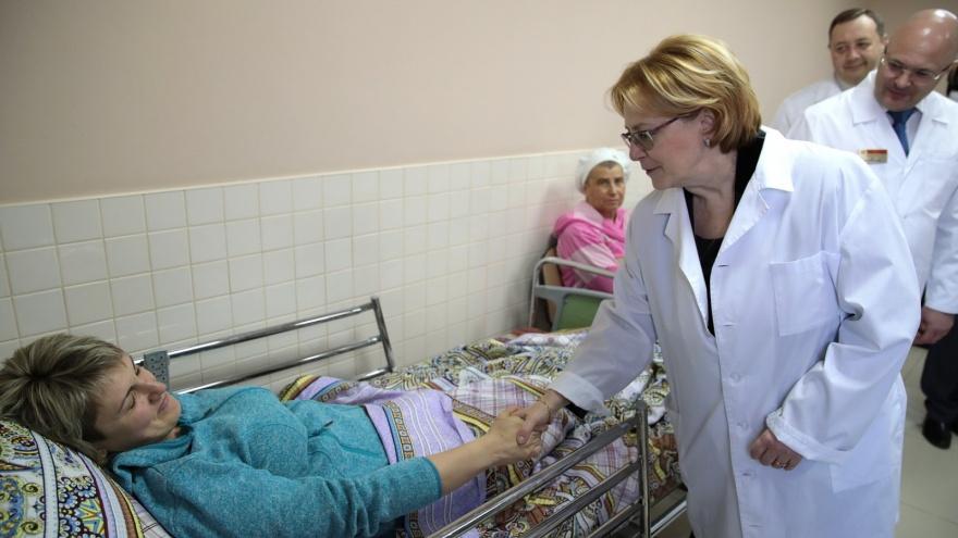 Министр здравоохранения РФ Скворцова посетила две ростовские больницы
