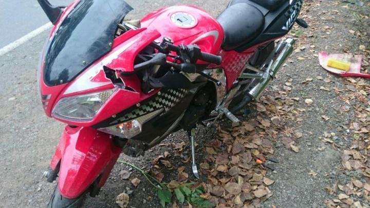 В Башкирии мотоциклист без прав устроил ДТП