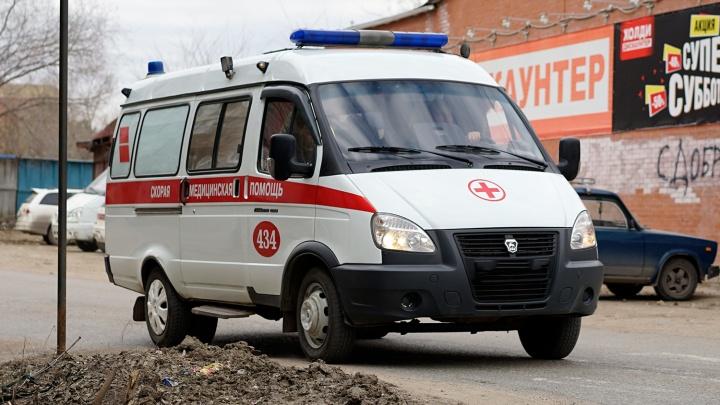 Фельдшеры пострадали в ДТП со скорой наШебалдина