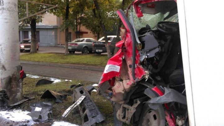 В Уфе водитель грузовика погиб в ДТП