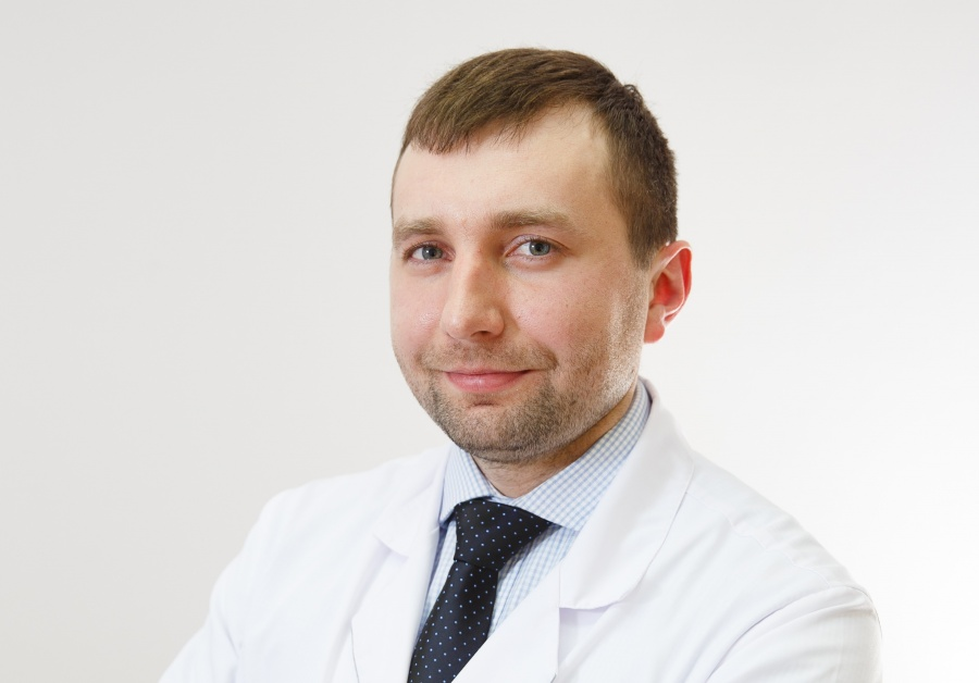 Заместитель главного врача клиники «Профессорская Плюс», рефракционный хирург Александр Богачев