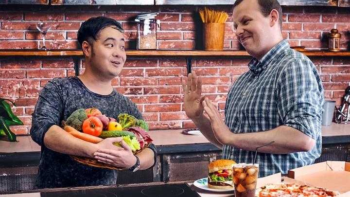 «Быть вегетарианцем в Сибири невозможно»: австралиец — о переезде в Новосибирск, еде и привычках, от которых пришлось отказаться