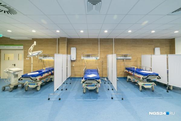 Наверняка вы видели похожим образом устроенные палаты в сериалах про медиков