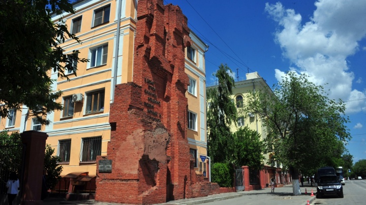 Один из 57 в стране: дом Павлова в Волгограде признали образцовым жильем