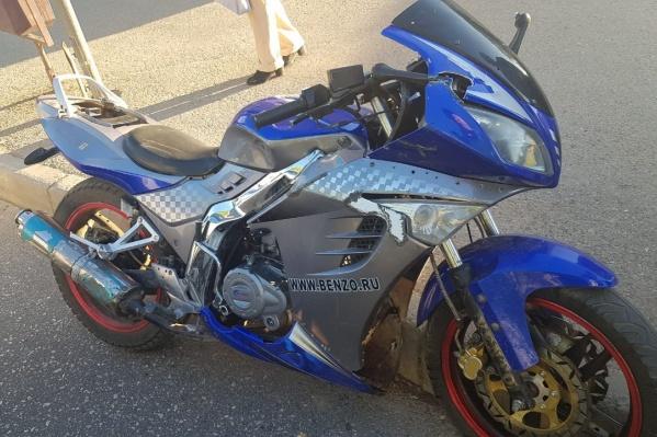 Хозяина этого мотоцикла ищет полиция