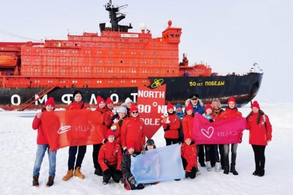 Экспедиция к Северному полюсу проходила в середине августа на атомном ледоколе «50 лет Победы»