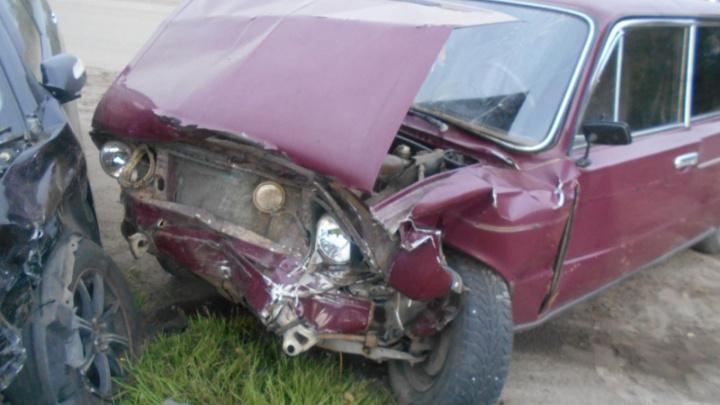 ВАЗ и «Лифан» не поделили дорогу: пострадали три человека