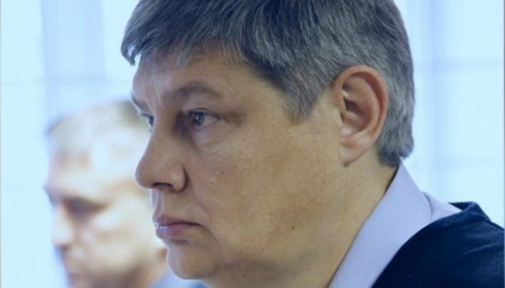 «Есть вопросы к СК»: суд пересмотрит решение об аресте объявленного в розыск бывшего зама Юревича