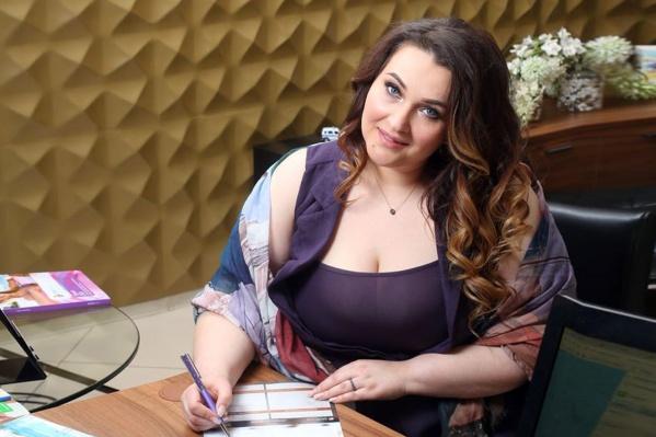 Девушка модель работа в омске автобиография для работы девушке образец