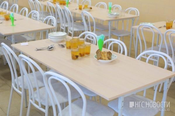 В столовой изымают образцы еды
