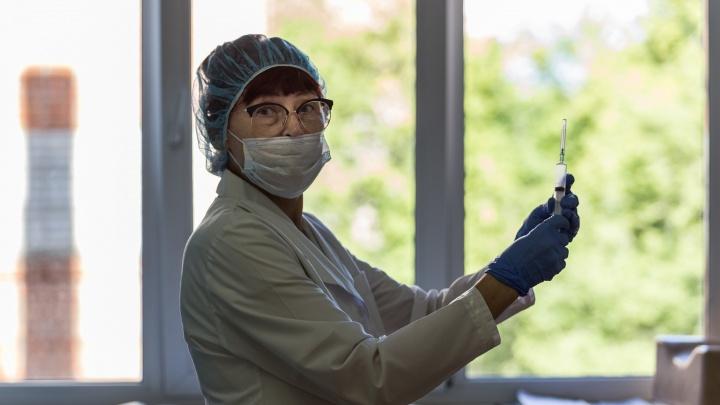 «Цена сегодня такая, завтра дороже»: новосибирцы решили заработать на медицинских масках через Avito