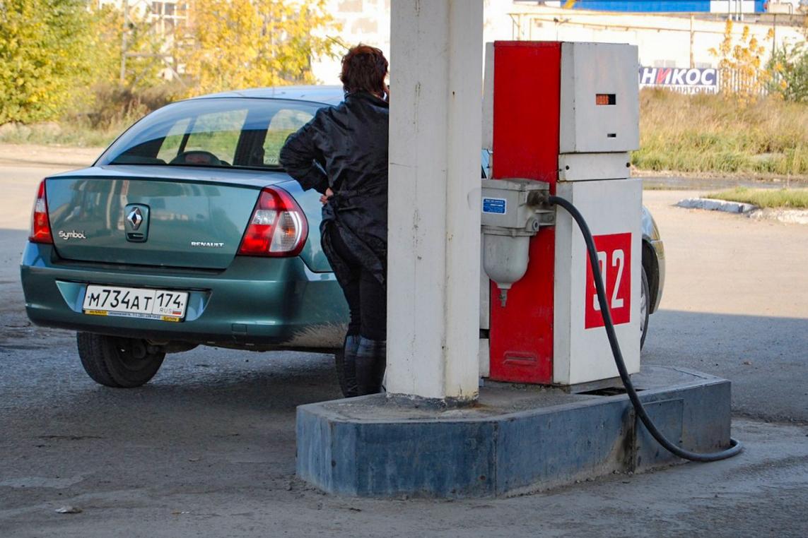 Снижение маржи на частных АЗС провоцирует торговлю топливом сомнительного качества