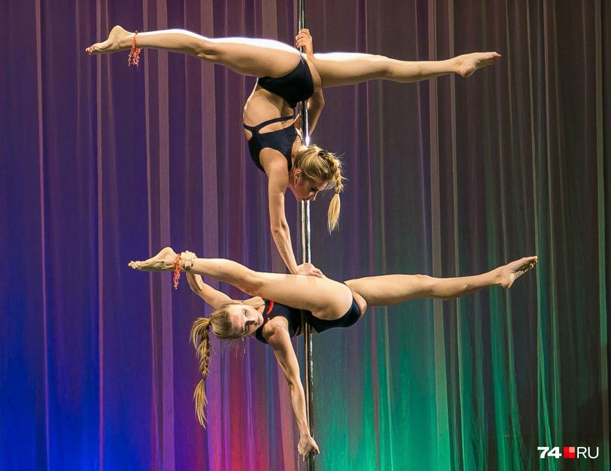 Серебряные призёры Юлия Колупаева и Элина Барбашина из Челябинска завоевали медали на мировом чемпионате во второй раз