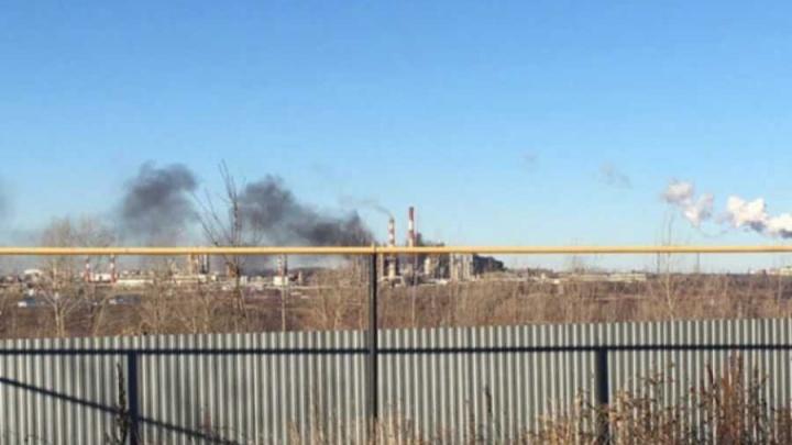 В Уфе на нефтеперерабатывающем заводе произошел пожар