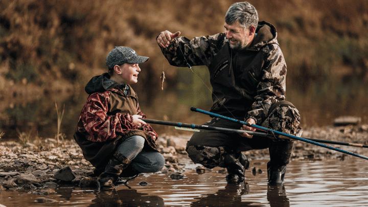 Они рыбачат, добывают мед, играют в хоккей и воспитывают сыновей: 9 историй от сибиряков