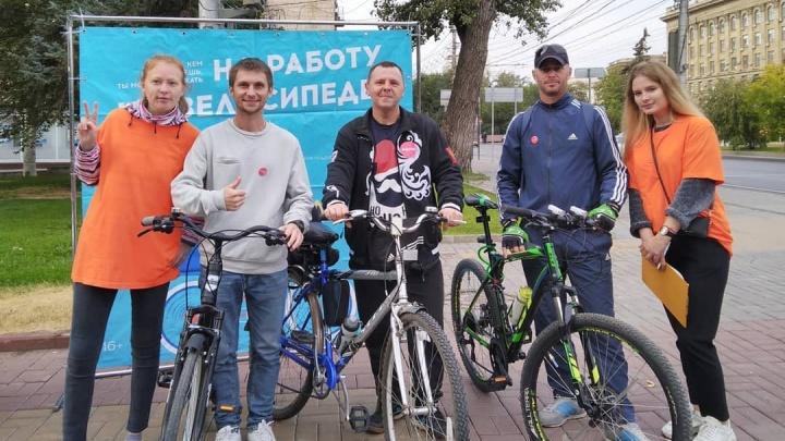 «Возникают вопросы в целесообразности»: сотни волгоградцев прокатились до работы на велосипедах