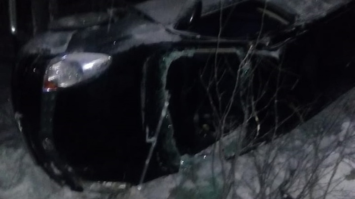 «Колея не меньше сантиметра»: на Серовском тракте десятки машин слетели с дороги