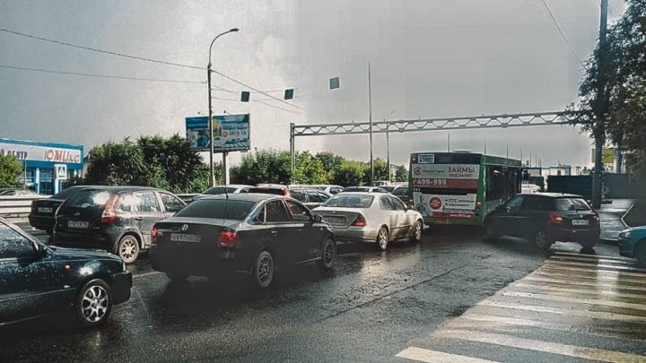 На завершение ремонта путепровода в створе улицы Пермякова потратят 15 миллионов рублей