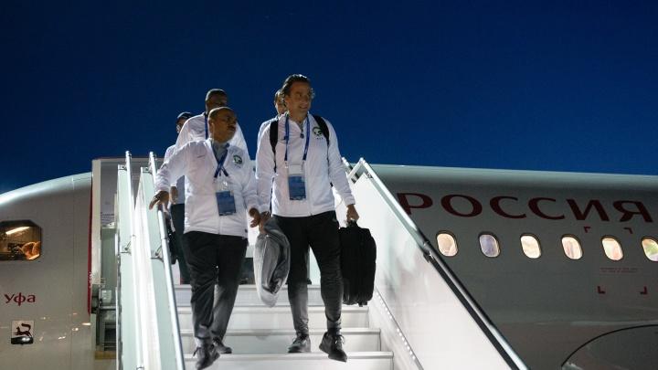 Прилетели с приключениями: в аэропорту Платов приземлился самолет со сборной Саудовской Аравии